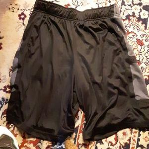 Tek gear basketball shorts